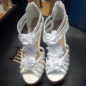 Ladies Shoes (WEDGES)